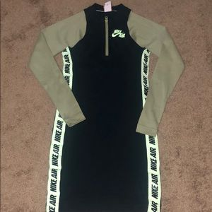 Nike Women's Dress Size M New (No Tags).
